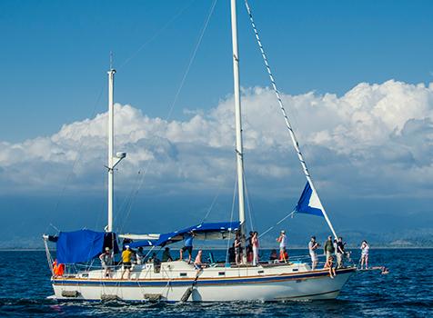Camaradien Sunset Sailing Cruise